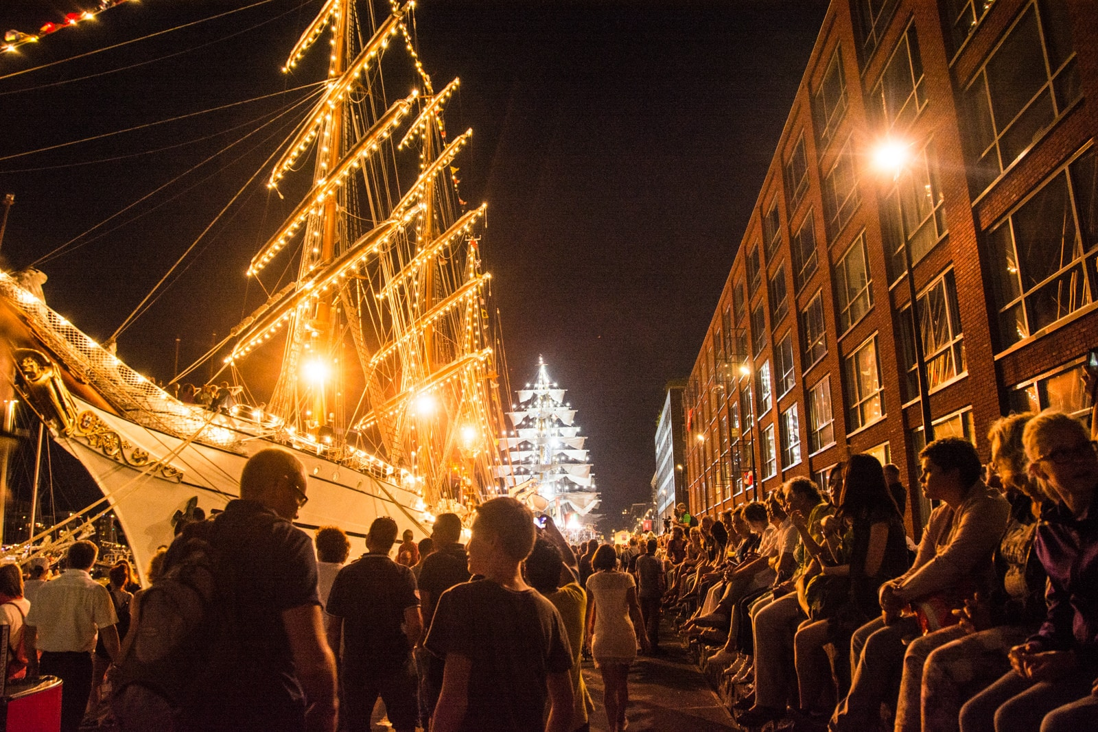 SAIL Amsterdam 2015 – Free events to save money for travel