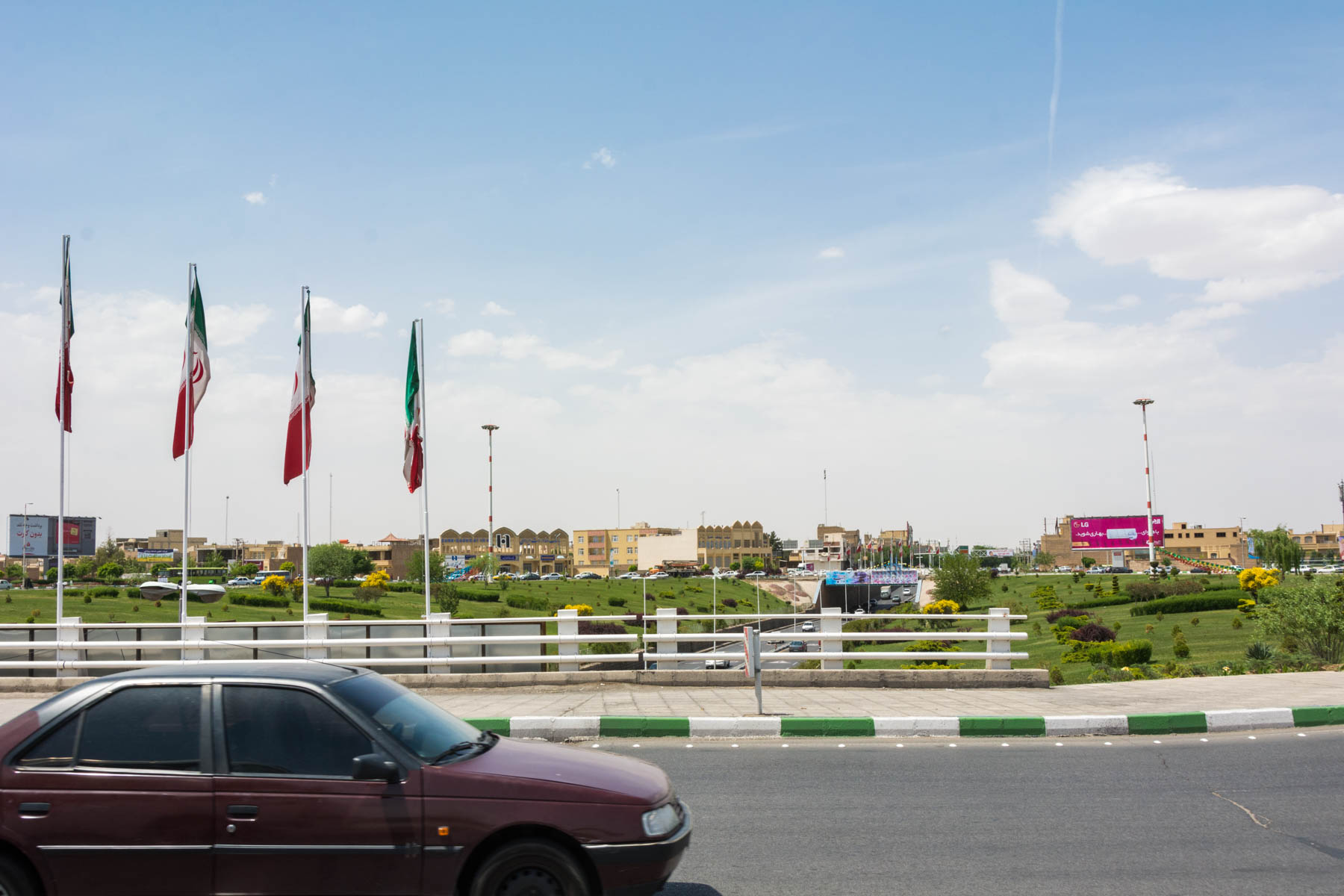 Imam Hossein Square in Yazd, where you can get a minibus from Yazd to Meybod.