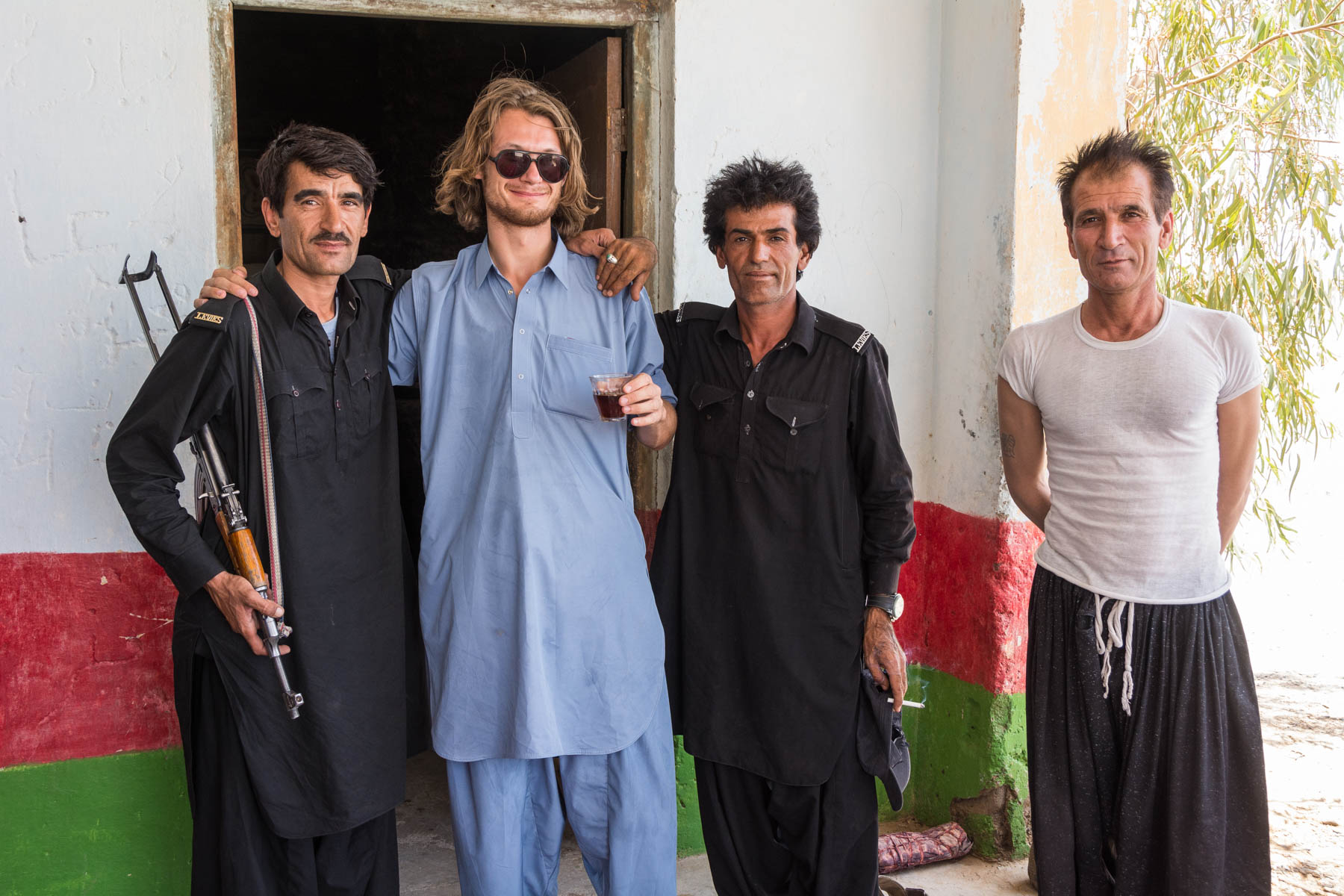 Sebastiaan of Lost With Purpose looking like a boss with Pakistani Levies