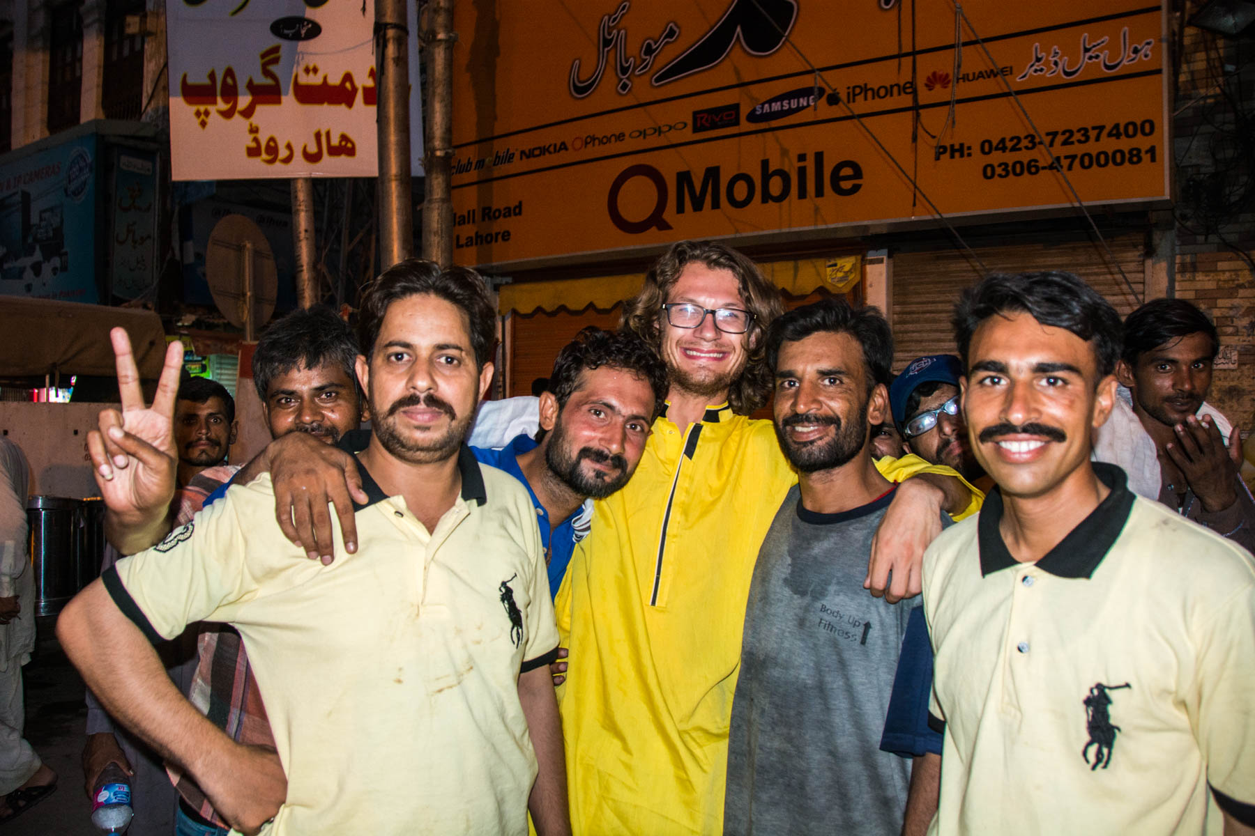 Tales of Pakistani hospitality: taking a million photos with people in Lahore