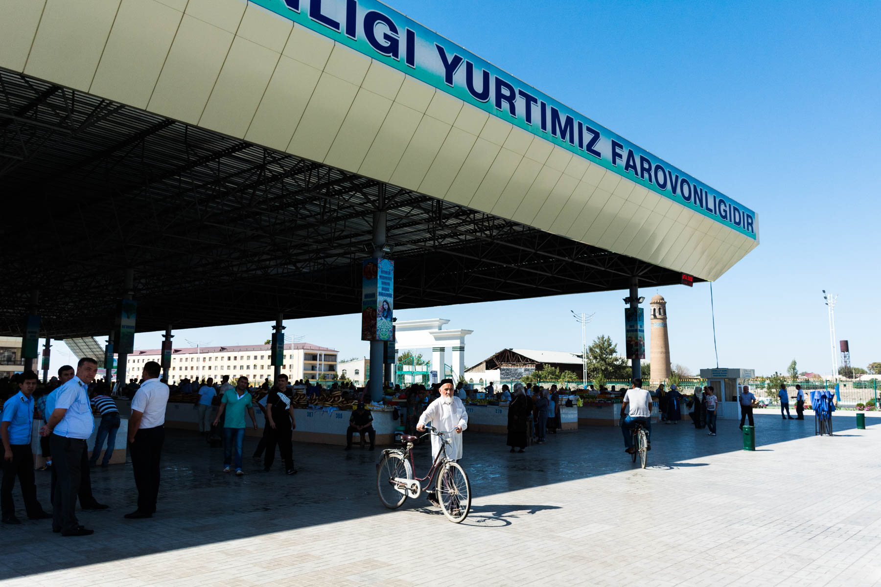 Eski bazaar in Andijon, the end point to the Kyrgyzstan - Uzbekistan border crossing at Dostyk - Lost With Purpose