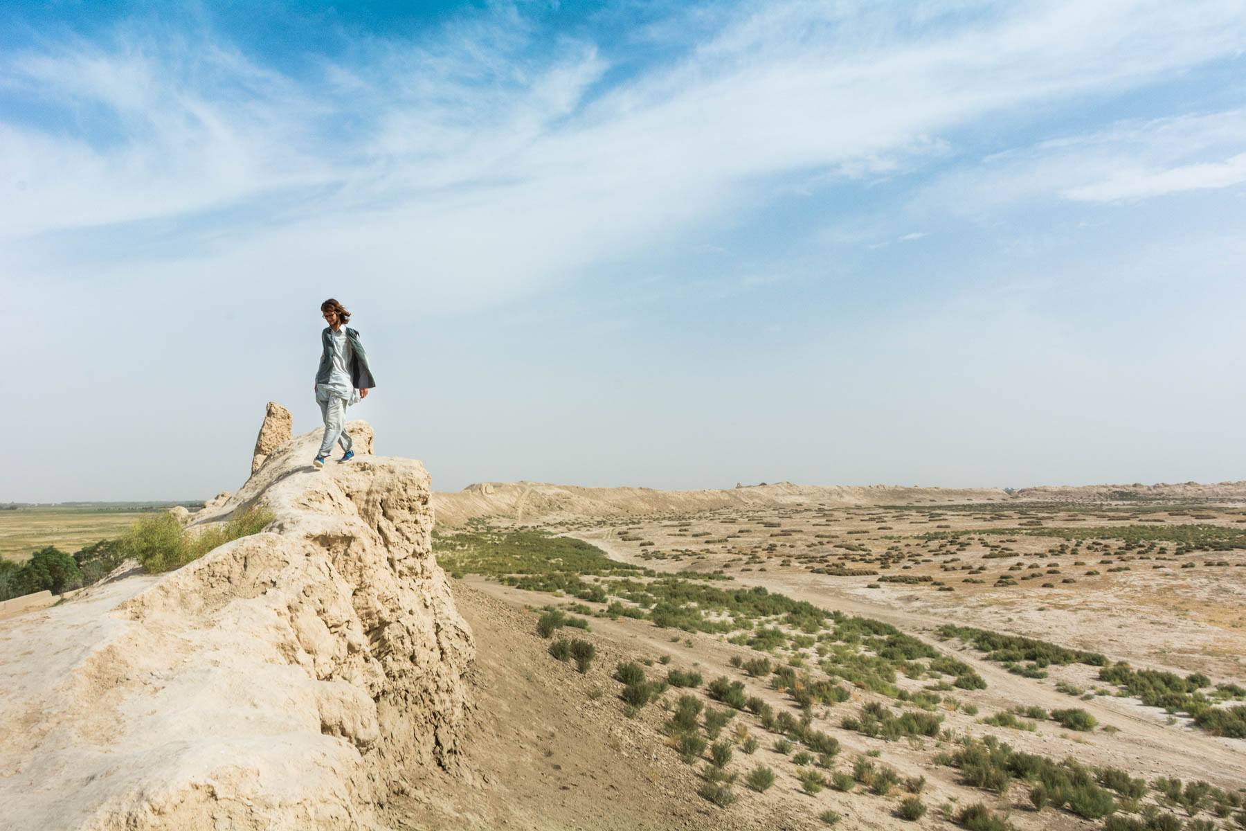 Wandering the great walls of Old Balkh, Afghanistan - Lost With Purpose