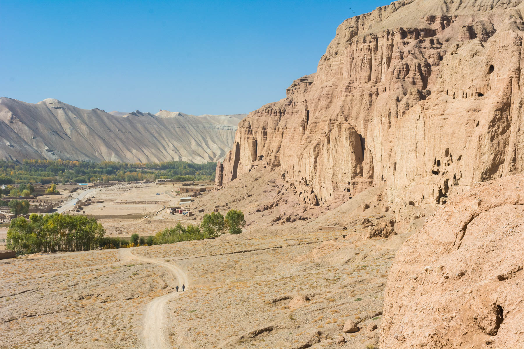 The buddhas of Bamiyan, Afghanistan - Lost With Purpose