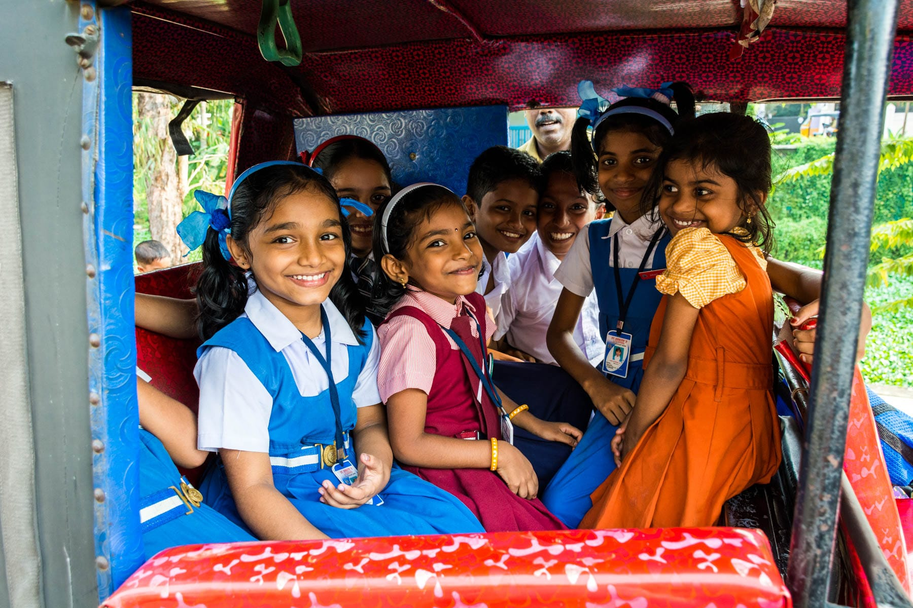 Children in a rickshaw in Alleppey, India - Lost With Purpose