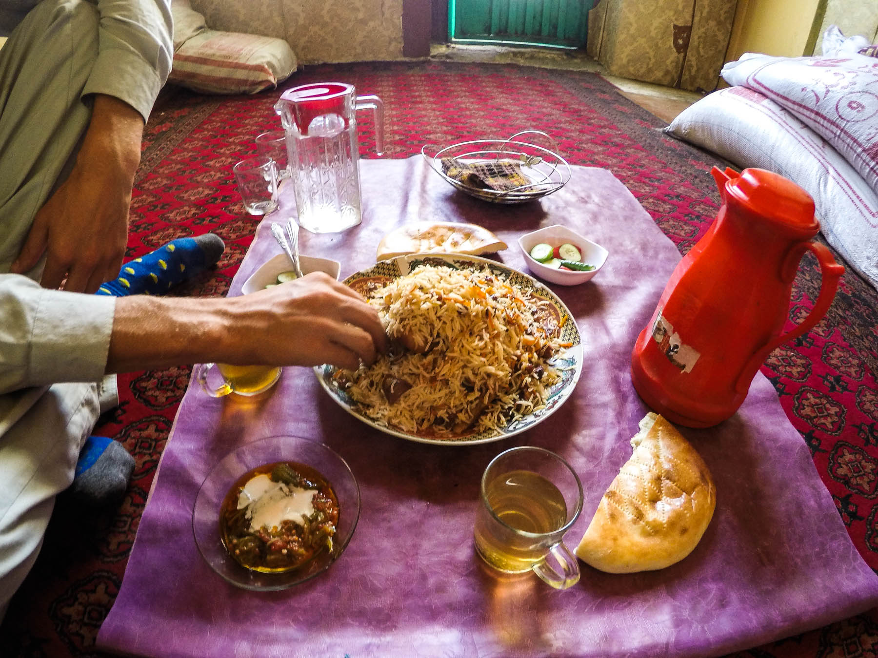 Kabuli pulao in Mazar-i-Sharif, Afghanistan - Lost With Purpose