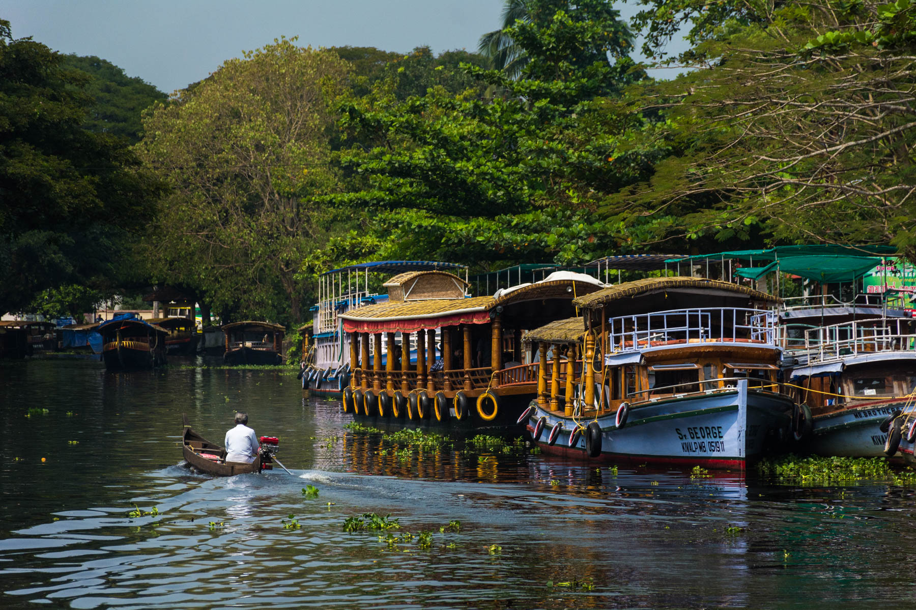 Tourist boats in Alleppey