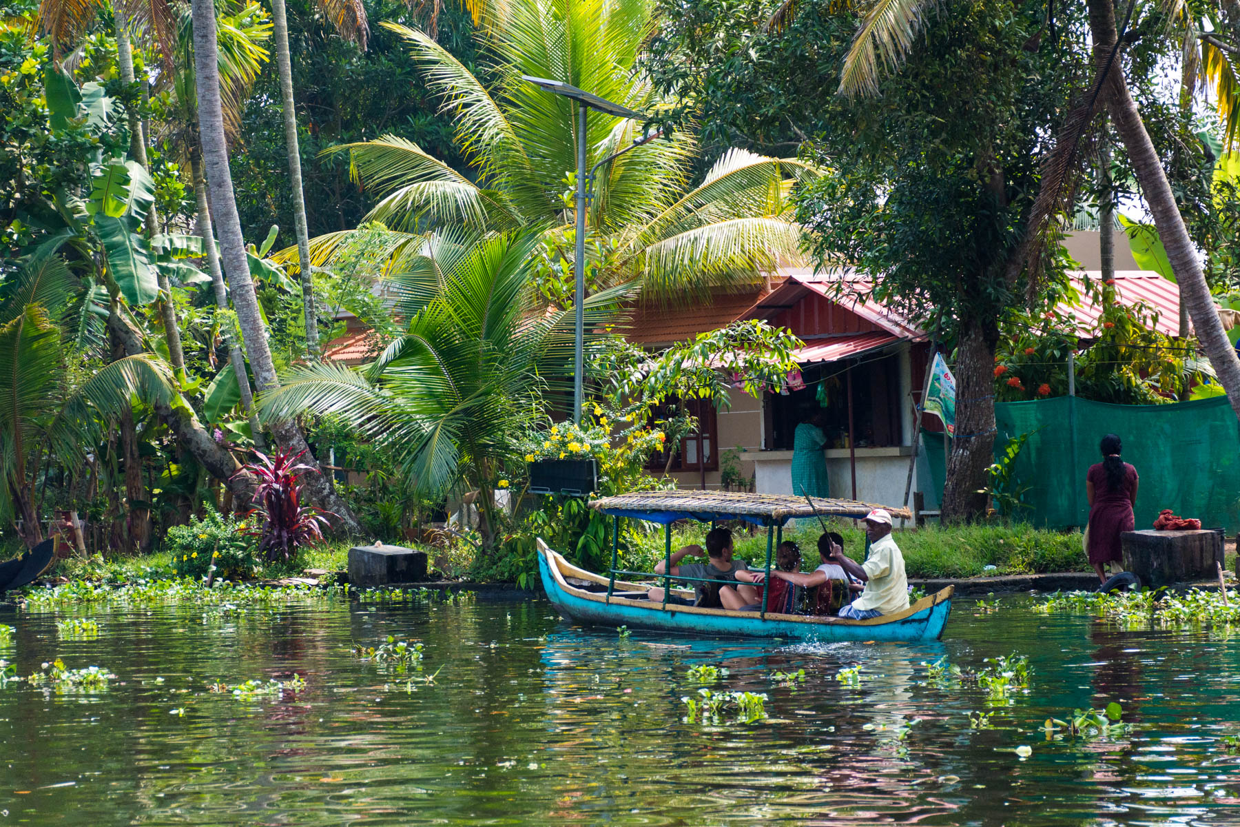 Non-motorized boat in Alleppey (Alappuzha), Kerala, India