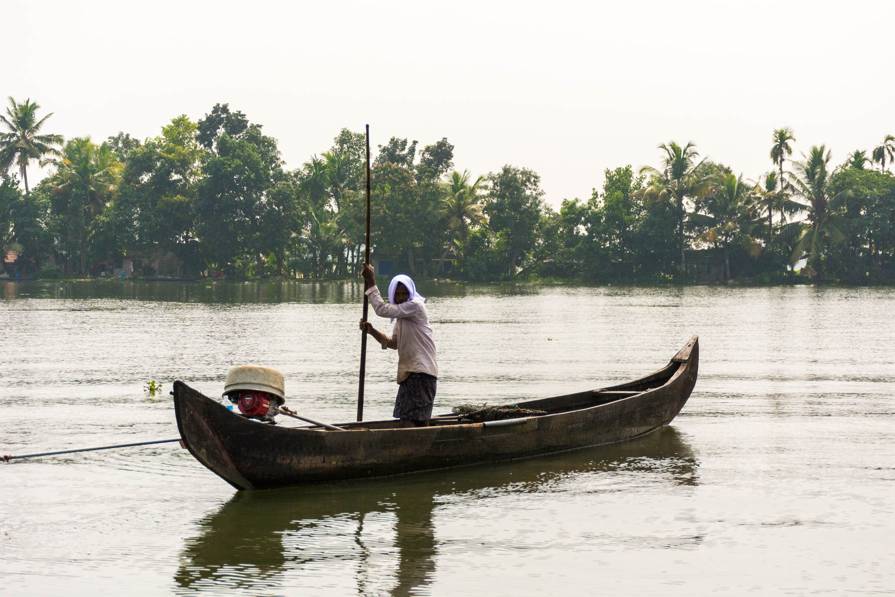 A fisherman in Alleppey (Alappuzha), Kerala, India - Lost With Purpose