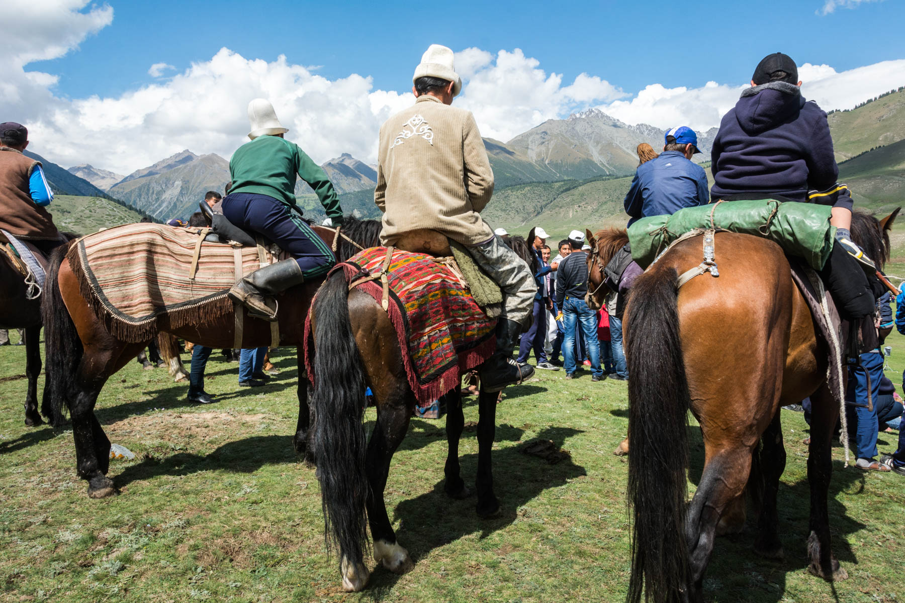 Spectators on horseback - Are the 2018 World Nomad Games worth the trip? - Lost With Purpose